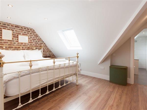 Bank Apartment 2 in Dartmouth, Devon