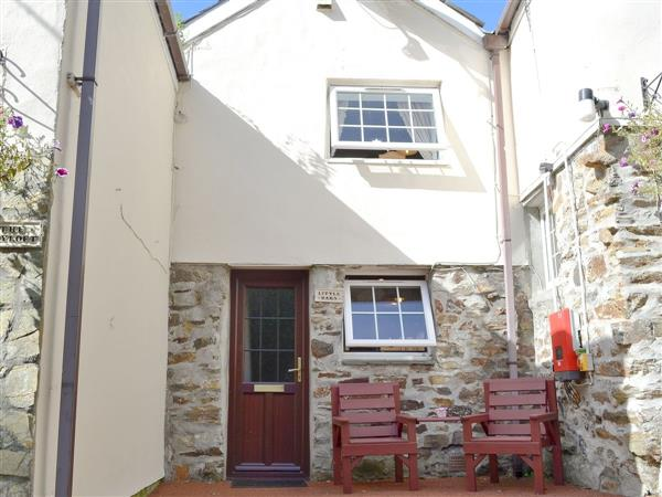 Bannsvale Farm Holiday Cottages - Little Barn in Cornwall
