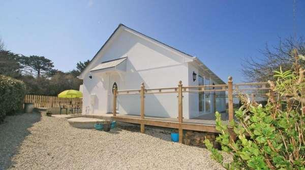 Barlendew Lodge from Sykes Holiday Cottages