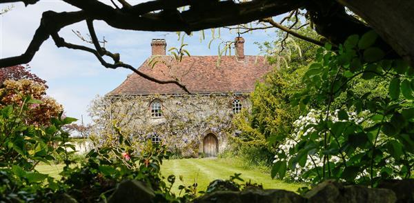 Battel Hall in Kent