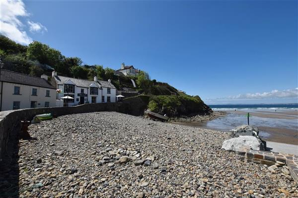 Beach Cottage in Dyfed