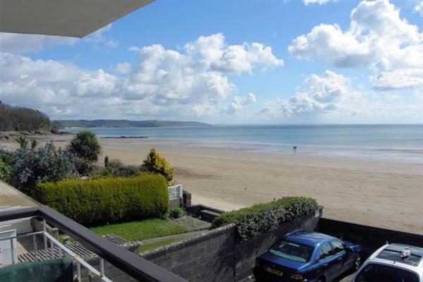 Beach Court 17 in Dyfed