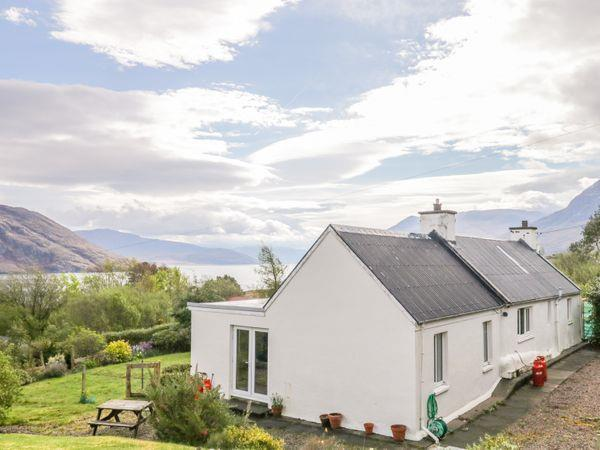 Beinn Ghobhlach Cottage in Ross-Shire