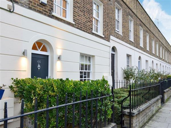 Belgravia Cottage in London