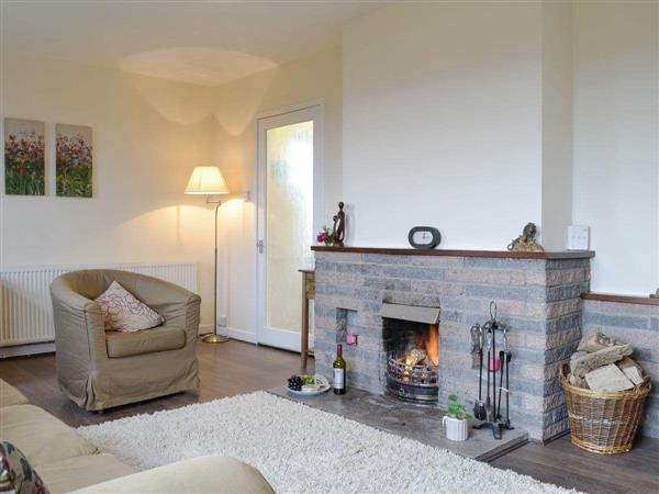Beuchan Farm - Beuchan Bungalow from Cottages 4 You