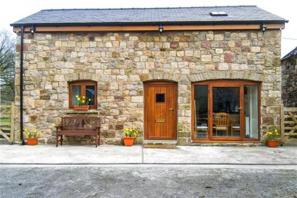 Beudy Bach Barn in Powys