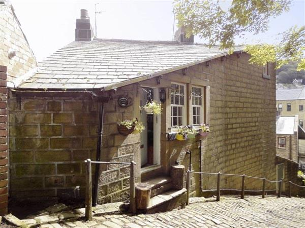 Birkenhead Cottage in West Yorkshire