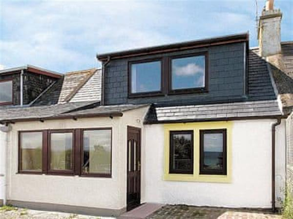 Bisgeos Cottage in Ross-Shire