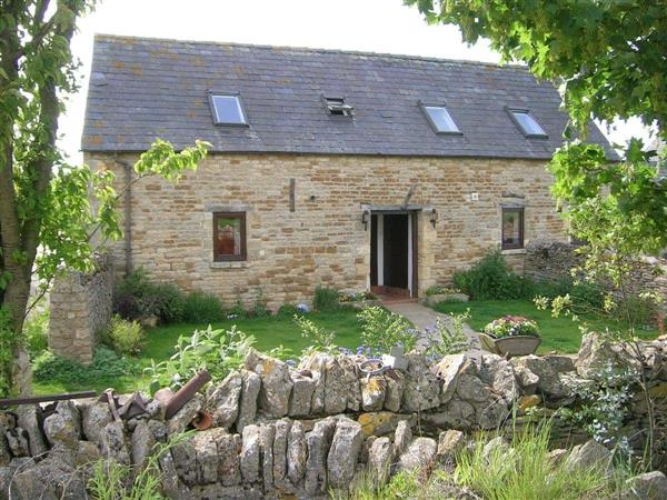 Blackpitt Farm - Well Cottage in near Moreton-in-Marsh, Gloucestershire