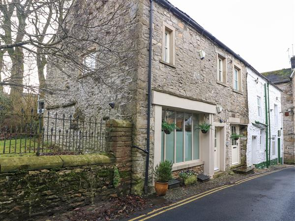 Blacksmith Cottage from Sykes Holiday Cottages