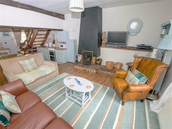 Blakeney Quayside Cottages - Buttercup Cottage in Norfolk