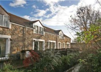 Bluebell Farm Cottages - Farne Cottage in Northumberland