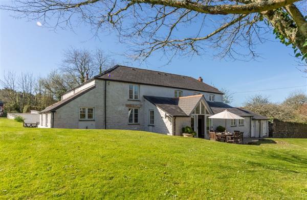 Bonython Farmhouse in Cornwall