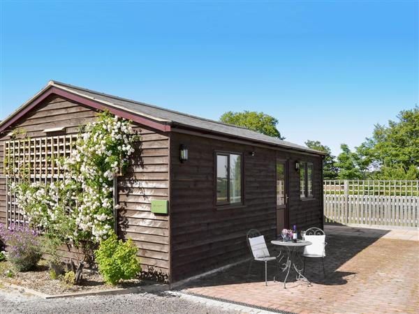 Brailsham Barn Holiday Cottages - Windmill Cottage in East Sussex