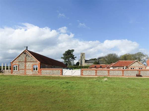 Brazenhall Barns - Brazenhall Barn in Dunton, near Fakenham, Norfolk