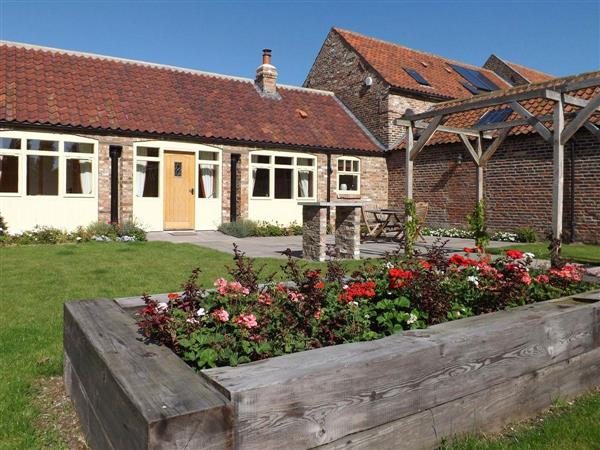 Broadgate Farm Cottages - Foldyard in North Humberside