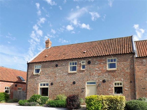 Broadgate Farm Cottages - The Granary in North Humberside