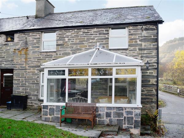 Bron Elan Cottage in Gwynedd