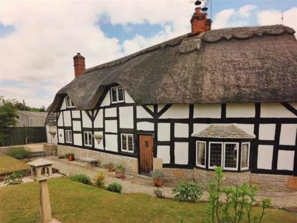 Brookfield Cottage in Worcestershire