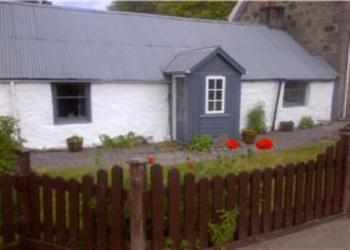 Broomlands Cottage in Morayshire