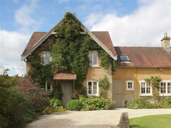 Bruern Holiday Cottages - Epsom in Oxfordshire