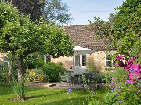 Bruern Holiday Cottages - Shipton in Oxfordshire