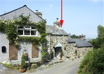 Bryn Hyfryd Bach from Sykes Holiday Cottages