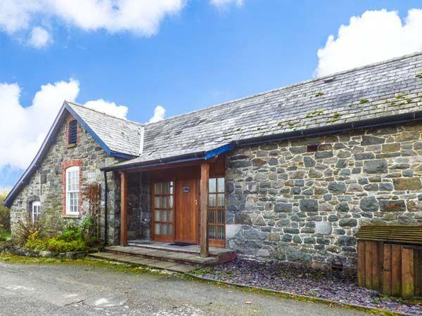 Brynafon Cottage in Powys