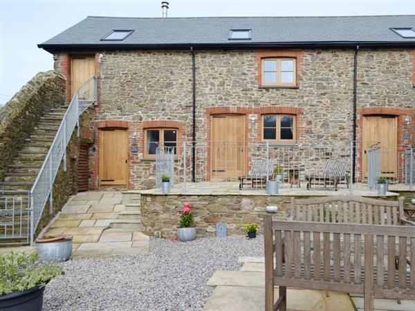 Burton Farm Cottages - The Hayloft in Devon