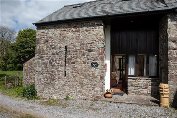 Buzzard Barn in Defynnog, Powys