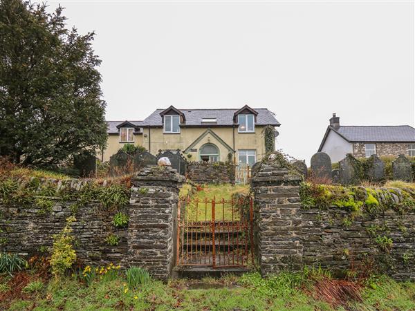Bwthyn Rhosyn Gwyllt in Dyfed