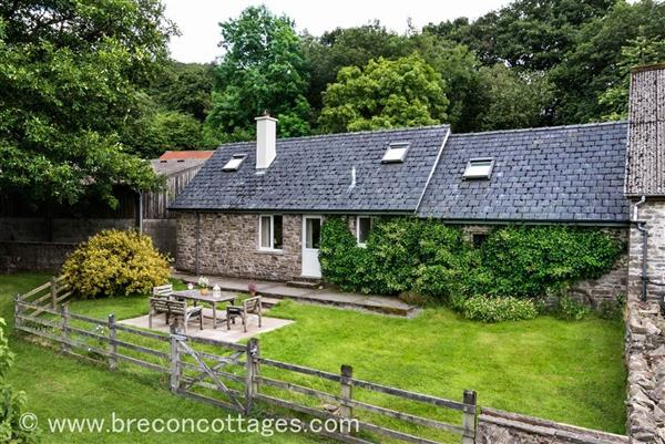 Byres Cottage in Lower Chapel, Powys