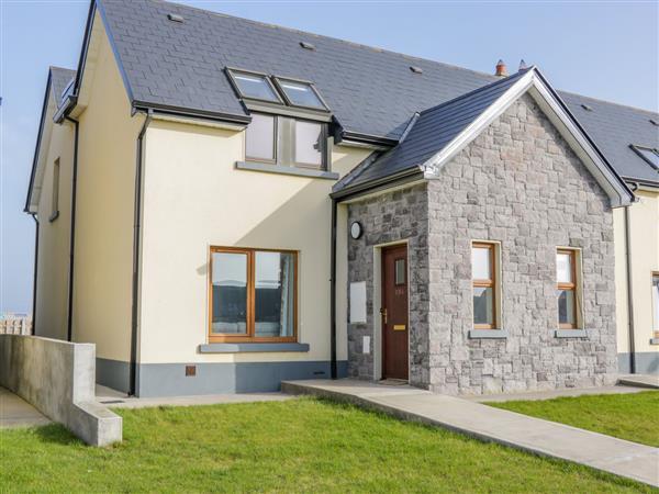 C64 Cahermore Holiday Village, Enniscrone County Sligo
