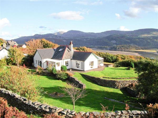 Caefadog Fach from Cottages 4 You