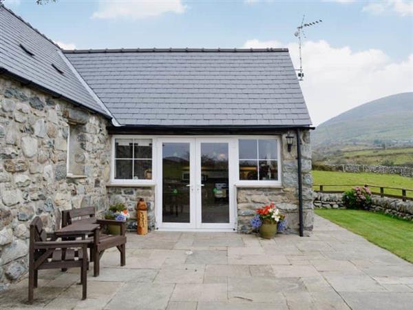 Caerffynon Bach, Dyffryn Ardudwy, Gwynedd.