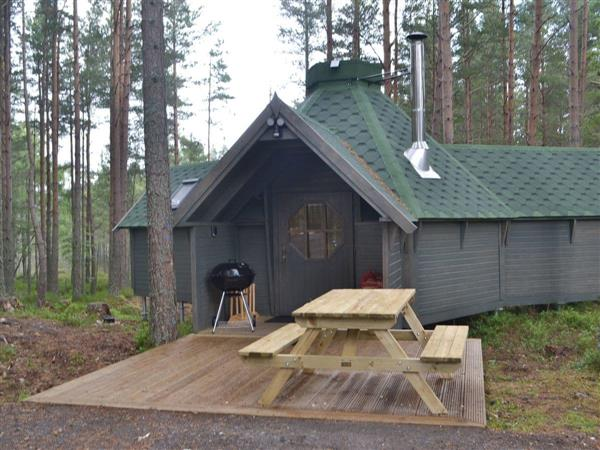 Cairngorm Bothies - Beekeepers Bothy from Cottages 4 You
