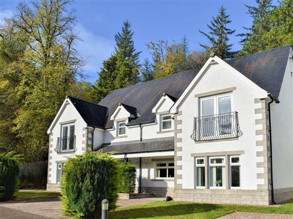 Caledonia Escapes, Invergarry, Inverness-Shire
