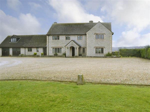 Canon Court Farmhouse from Cottages 4 You