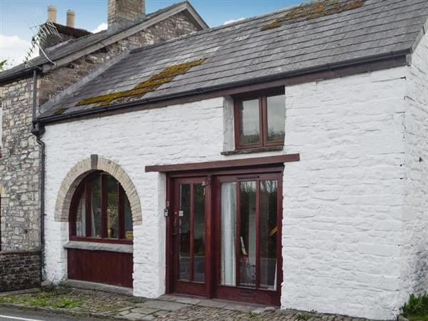 Carpenters Cottage in Powys