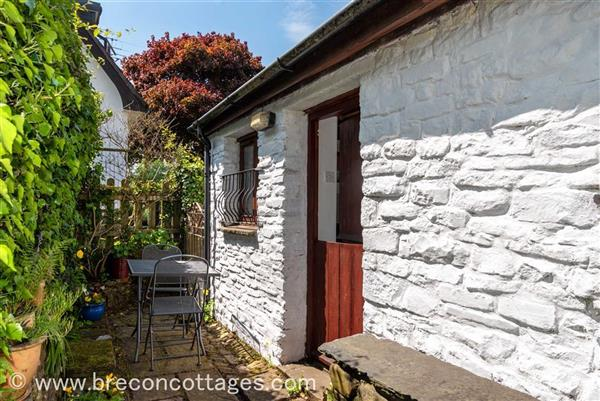 Carpenters Cottage in Libanus, Powys