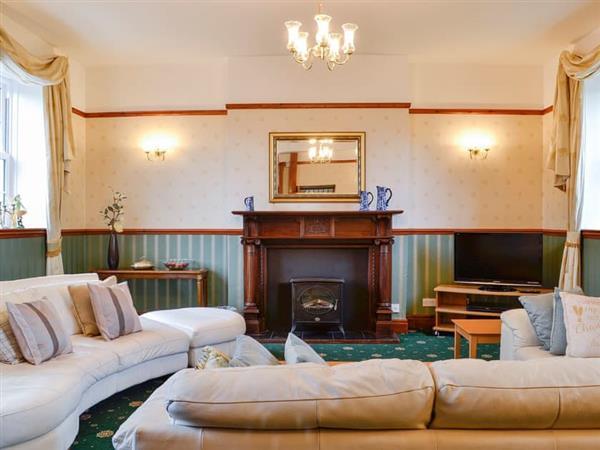 Carreg Llwyd Place - West Wing in Rhayader, Powys
