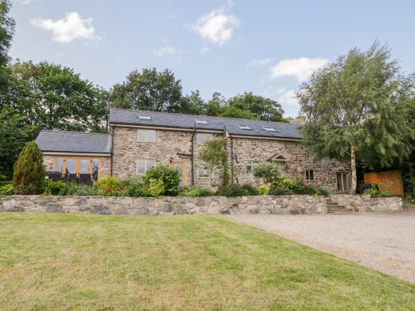 Castell Barn from Sykes Holiday Cottages