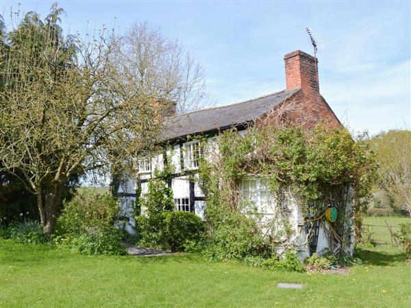 Castle Cottage in Powys