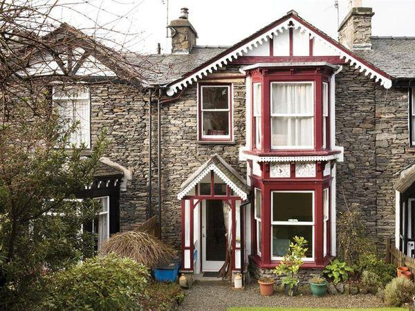 Cath's Cottage, Bowness - Cumbria