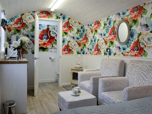 Cefn Tilla Court - Cefn Tilla Hut in Gwent