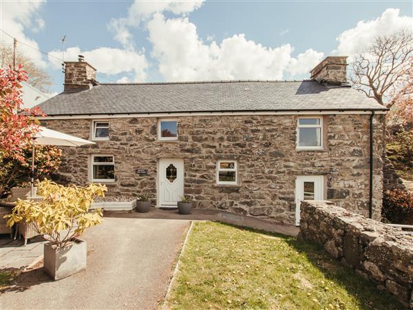 Cefn Uchaf Cottage in Gwynedd