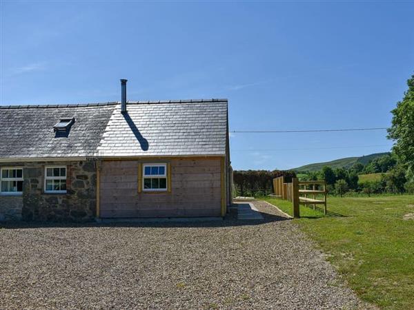 Ceidio Cottages- Stabal, Nefyn, near Pwllheli, Gwynedd with hot tub