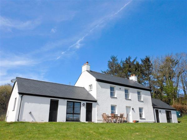 Cennen Cottages - Dolgoed House in Dyfed