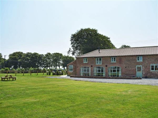 Chalet Farm Holidays - The Granary in North Humberside