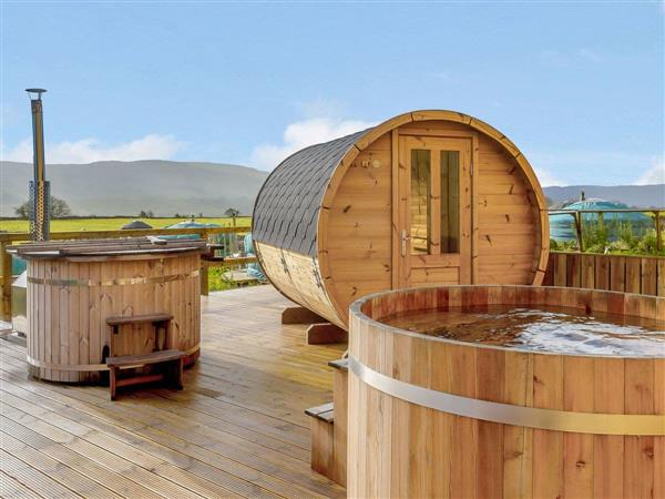 Cherish Glamping - West Shaw Cote Cottage in Whitby, North Yorkshire